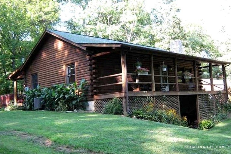 rustic and secluded cabin rental with games room near dayton ohio Cabins Near Dayton Ohio