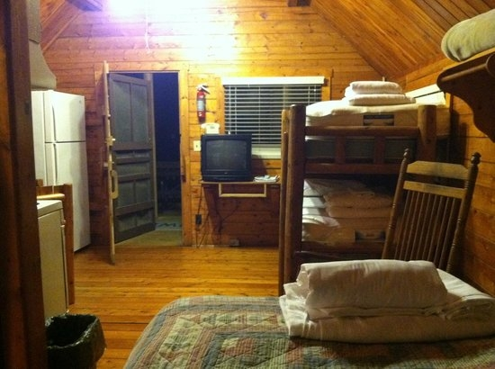 small cabin picture of uchee creek army campground and Fort Benning Cabins