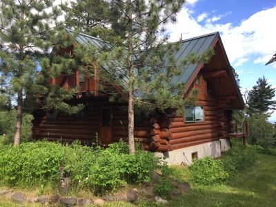 split rock log cabin lake superior view peacefully set in 100yr old white pines two harbors Cabins On Lake Superior