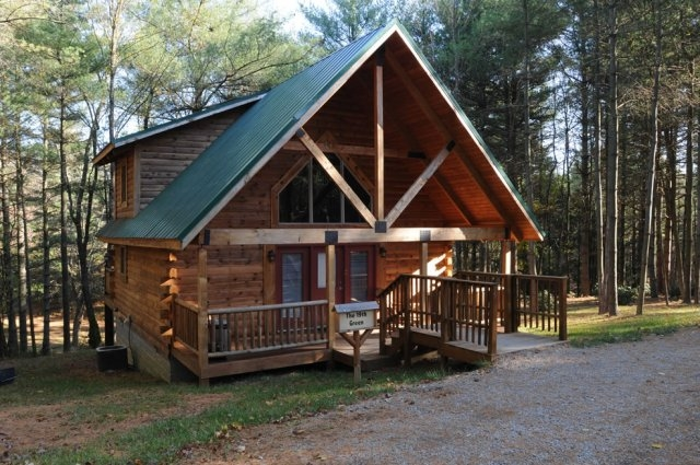the 19th green cabin Cabins Near Beckley Wv