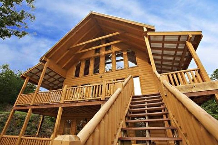 4 smoky mountain cabins with theater rooms for a small vacation Smoky Mountain Small Cabins