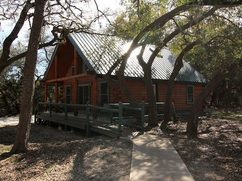 best cabins in new braunfels for 2020 find cheap 47 cabins New Braunfels Cabin
