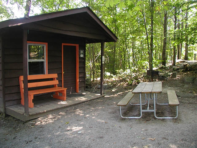 boo boos 1 room pet friendly cabins 4 5 yogi bears Pet Friendly Cabins In Pa