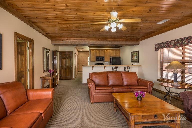 deluxe one bedroom westgate branson woods resort and Branson Woods Cabins