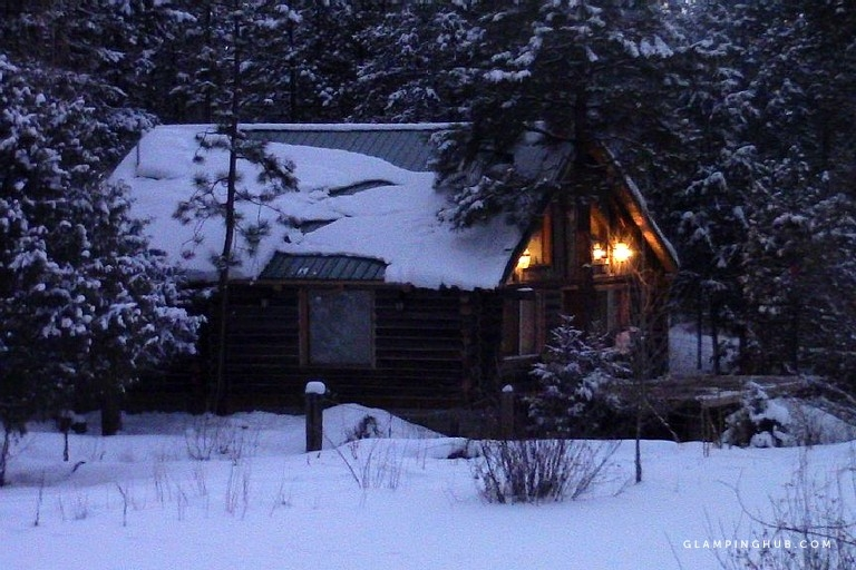 deluxe riverfront cabin rental near taos ski valley in questa new mexico Taos New Mexico Cabins