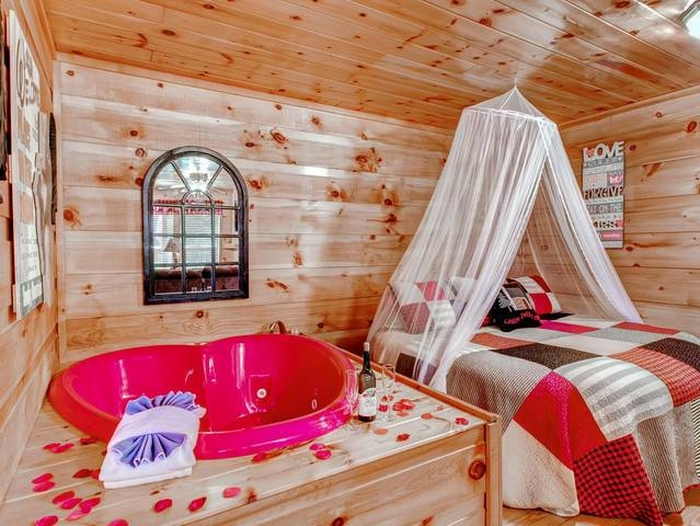 hanky panky affordable cabins in the smokies Gatlinburg Tn Honeymoon Cabins