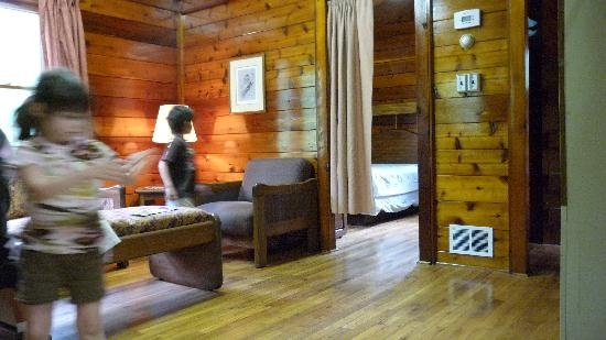 lincoln park cabin living room picture of holiday world Holiday World Cabins
