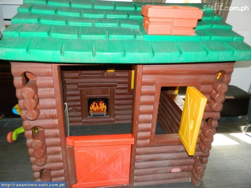 little tikes log cabin im missing the fire sticker in mine Little Tikes Log Cabin Playhouse