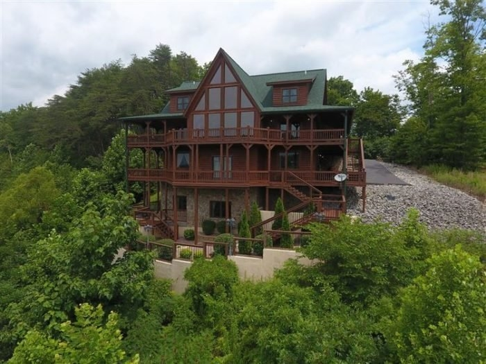 look out lodge is a scenic cabin in kentucky on lake cumberland Cumberland Lake Cabins