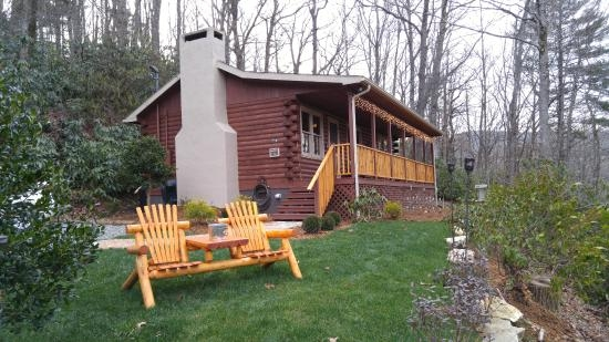 picture of mountainaire inn and log cabins cabins in west Mountainaire Inn & Log Cabins Blowing Rock Nc