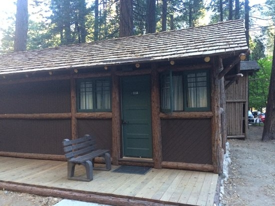 private cabins with bathrooms at curry village picture of Curry Village Cabin