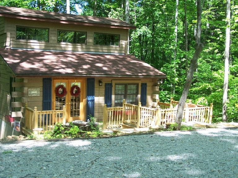secluded vacation resort in monticello ky golden pond resort Cumberland Lake Cabins