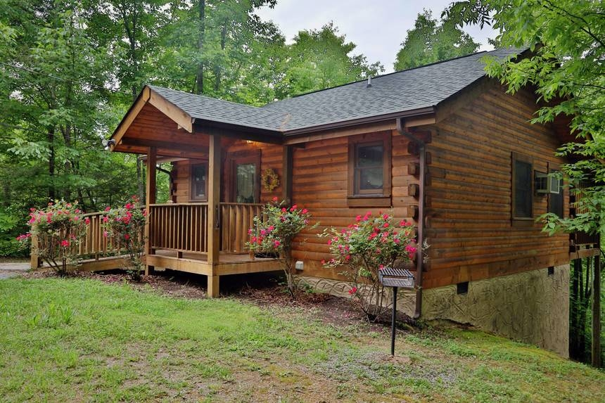 smoky mountain cabin rentals at little valley mountain resort Smoky Mountain Small Cabins