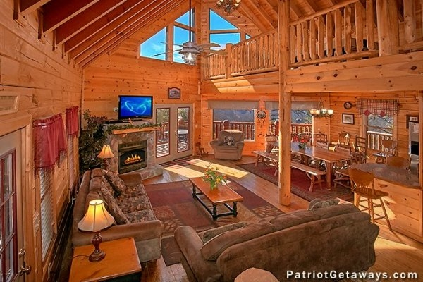 tennessee dreamer a pigeon forge cabin rental Pigeon Forge Log Cabin Rentals