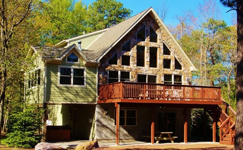 the top poconos vacation rentals cabin rentals poconos Split Rock Cabins