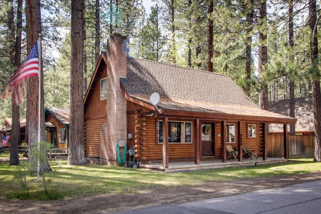 vacation home rustic tomahawk cabin south lake tahoe ca Cabin In South Lake Tahoe