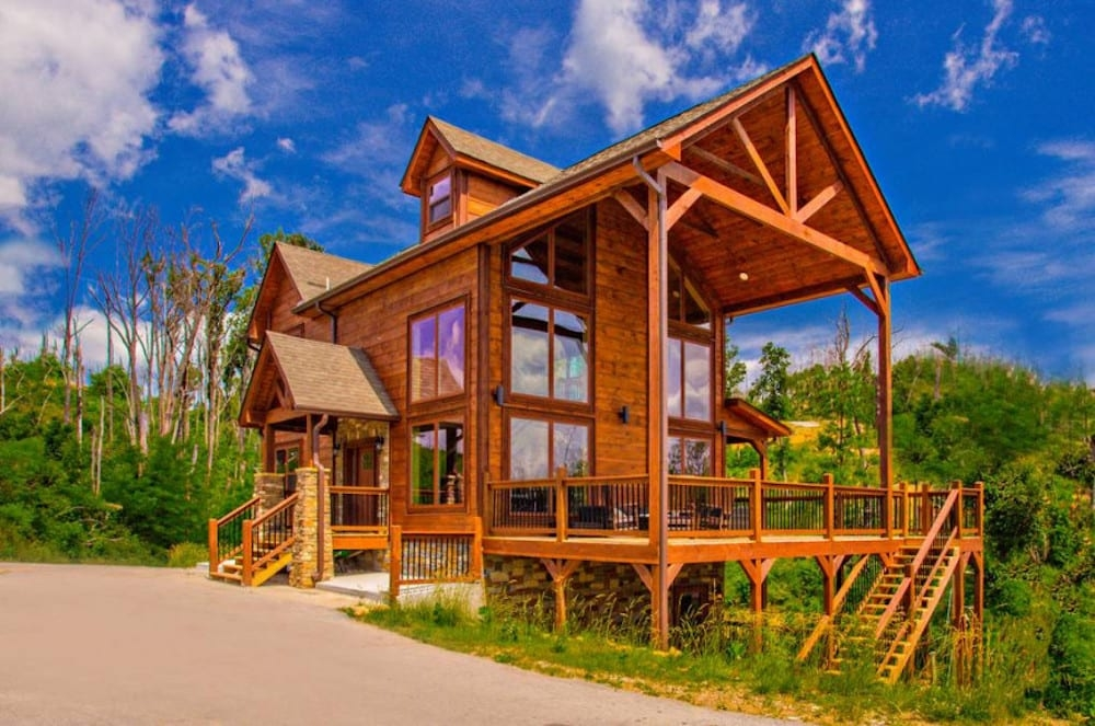 why are cabins the best places to stay in gatlinburg for Best Gatlinburg Cabins