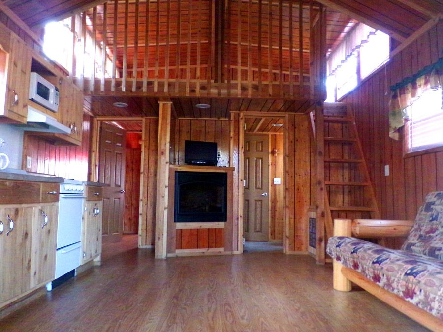 yogis small family lodge sleeps up to 6 people separate Natural Bridge Va Cabins
