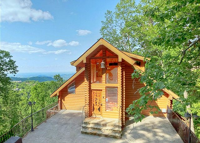 5 awesome cabins near downtown gatlinburg for your next Cabins Near Downtown Gatlinburg