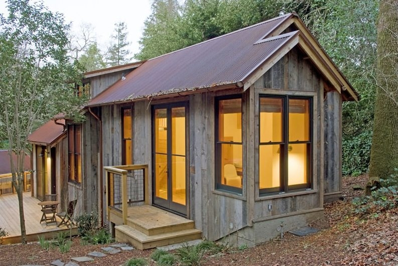 714 sq ft cabin built with reclaimed barn wood Build Cabin Gallery