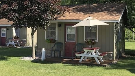 best cabins in traverse city for 2020 find cheap 53 cabins Log Cabin Rentals Traverse City