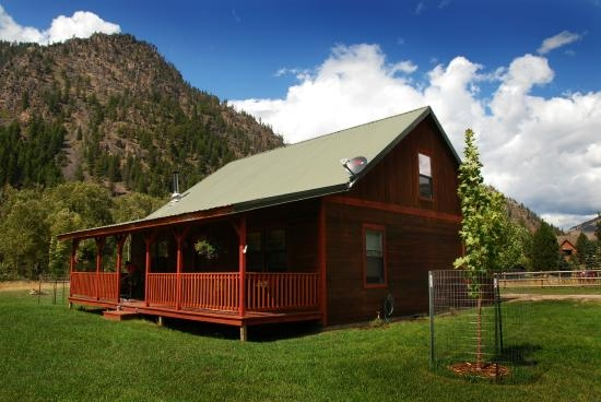 exterior of golden stone cabin picture of montana rock Rock Creek Cabins