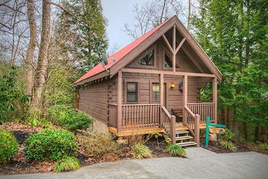 great for couples great location close to downtonwn gatlinburg gatlinburg Gatlinburg Cabins Vrbo
