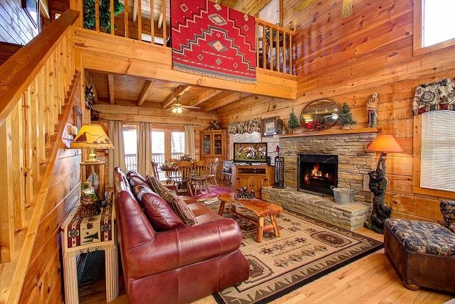 paradise ridge log cabin has hot tub and air conditioning Log Cabin Rentals In Pigeon Forge Tn