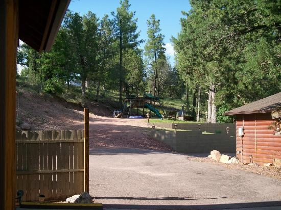 play area picture of wooden nickel cabins payson Wooden Nickel Cabins