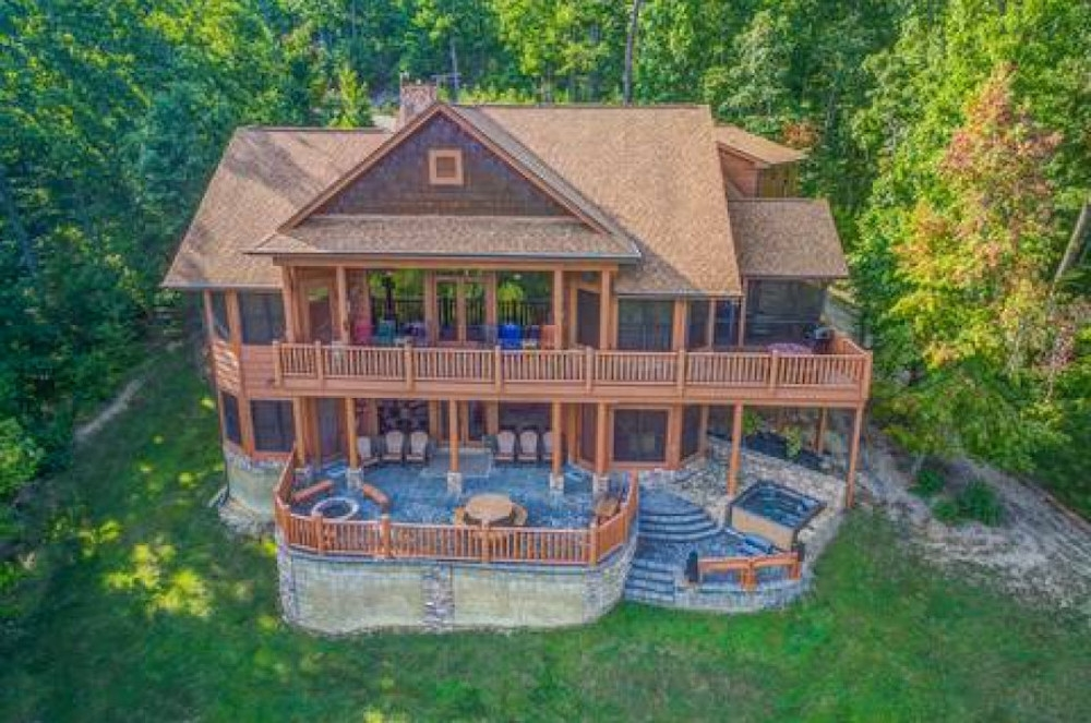 top 5 reasons to plan a thanksgiving getaway to our cabins Gatlinburg Tn Cabins