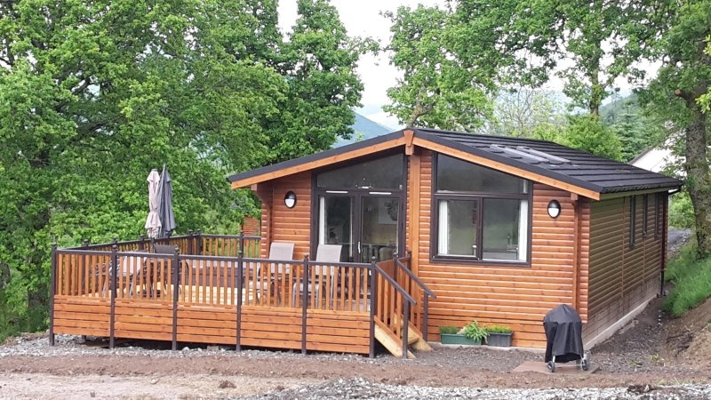 absolute perfect and tranquility review of teaghlach Berth Log Cabins With Hot Tubs