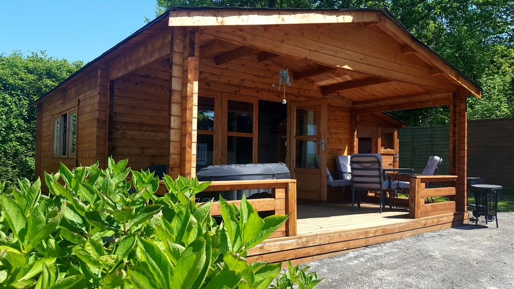 Permalink to Minimalist Berth Log Cabins With Hot Tubs