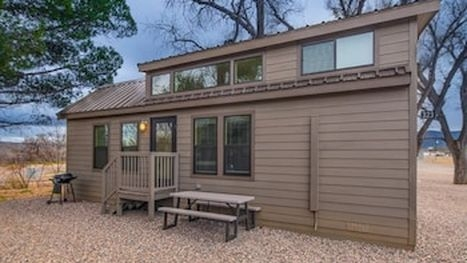 Cozy cabin rentals sedona for 2020 find cheap 129 cabins Sedona Camping Cabins Ideas