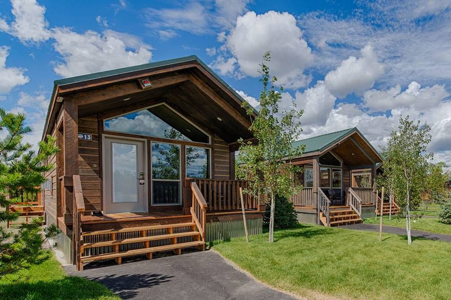 Cozy explorer cabins at yellowstone yellowstone national park Explorer Cabins At Yellowstone Ideas