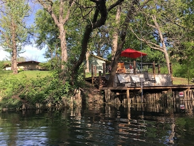 Cozy private river house on the san marcos river in the heart of san marcos tx rio vista 10 San Marcos River Cabins Gallery