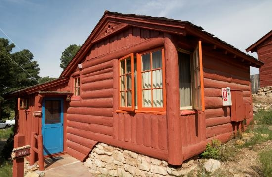 Modern log cabin at grand canyon picture of bright angel lodge Cozy Cabins At Grand Canyon