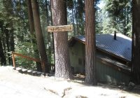 cubs cabin inside the gates of yosemite park updated Cabin In Yosemite