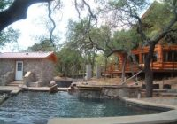 log cabin rentals on lake lbj log country cove vacation Lake Cabins In Texas