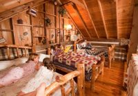 sleeping loft in cabins at silver dollar citys the Wilderness Cabins Branson Mo