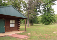 texoma cabin there are 4 authentic log cabins a gated Lake Texoma Cabins